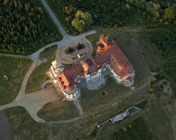 Leżachów-Sieniawa zamek - fotografia lotnicza